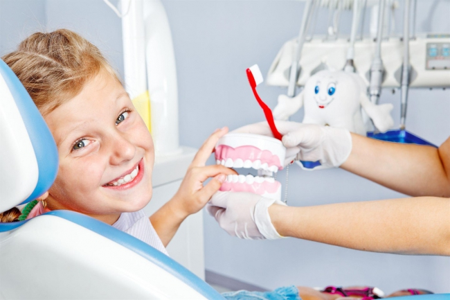 Как лечат кариес у детей?